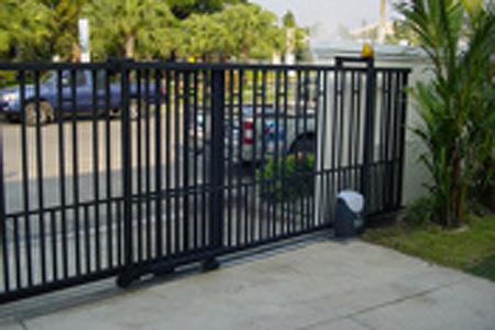 ประตูรั้วไฟฟ้า รุ่น CROSS 8E