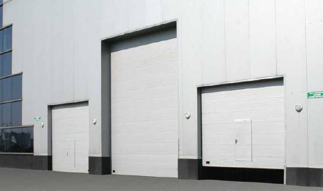 ประตูโรงงานแบบเปิดขึ้นด้านบน Overhead door